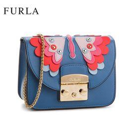 FURLA 芙拉 Metropolis 单肩链条锁扣包 966307 贴片铆钉装饰 蓝色 洲际速买