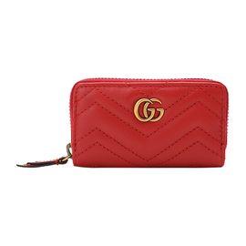 GUCCI 古驰 GG金属logo装饰女士红色牛皮小型皮具卡包#498127 DSVRT 6433