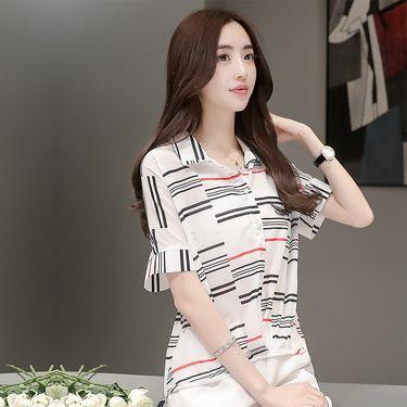 乔伊思 2018夏季新品简约条纹图案女款雪纺衫J725449