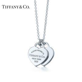 蒂芙尼Tiffany&co. RETURN TO TIFFANY™系列  925银 经典双心形银色吊坠 项链