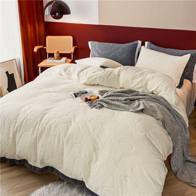 澳西奴 AB版提花牛奶绒四件套 加厚暖绒 保暖升温 健康印染 久用如新 枕套床单被套 1.2/1.5/1.8米床适用